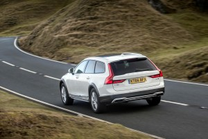 Volvo_V90_Cross_Country